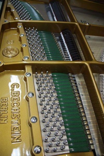 Restauration d'un piano Bechstein modèle 1/2 queue de concert C203